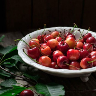 MissFoodwise-WHITE_BELLY_CHERRIES-type