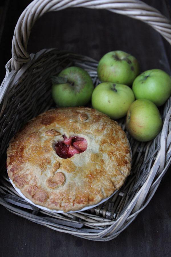 Bramley Le And Blackberry Pie Miss Foodwise